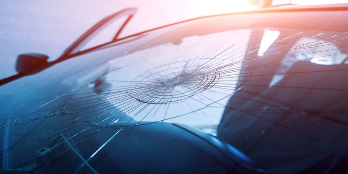 Does claiming for windscreen damage count as a claim?
